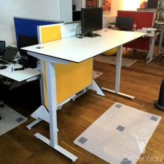 Eichenfrau Schreibtisch hoehenverstellbar form113 CDF weiss 03